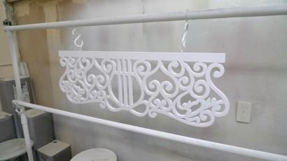 譜面台の透かし彫り
