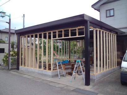 木工事開始。このあたりで台風通過。